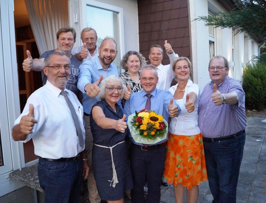 Stefan Thiele (Mitte) und das Team der CDU-Königslutter